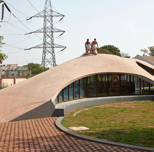 Maya Somaiya Library by sP+a in Maharashtra blends study and play