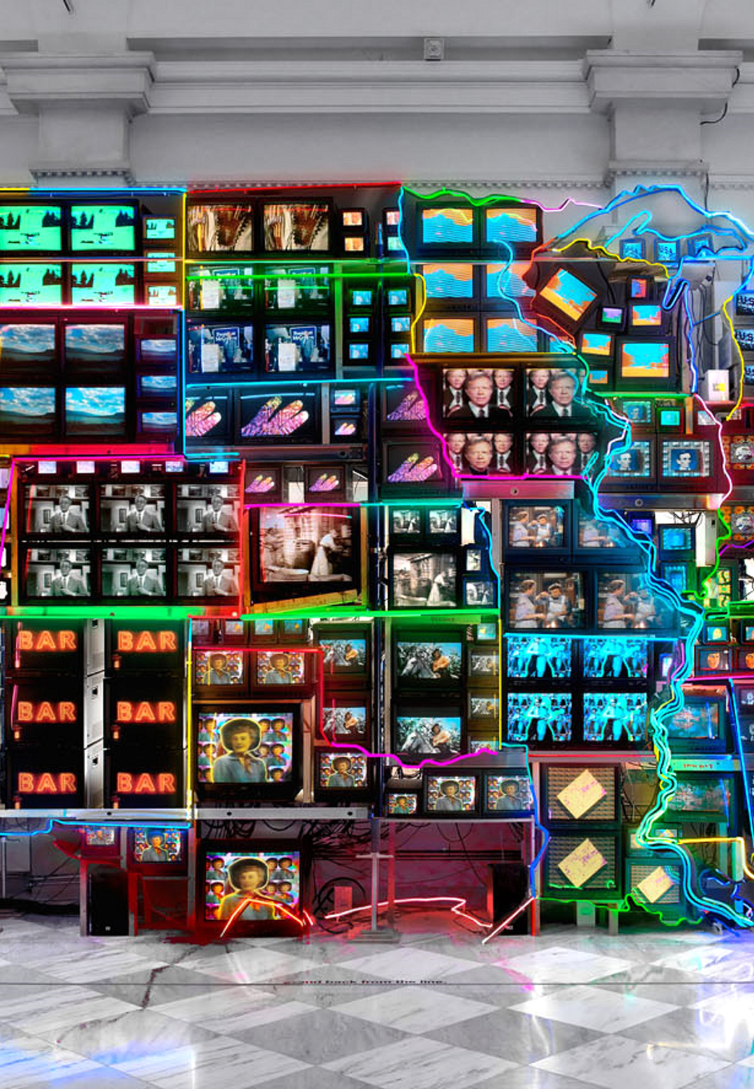 Nam June Paik – Electronic Superhighway: Continental U.S., Alaska, Hawaii, 1995, fifty-one channel video installation 15 x 40 x 4 ft, at the Smithsonian American Art Museum | Art movements | STIRworld