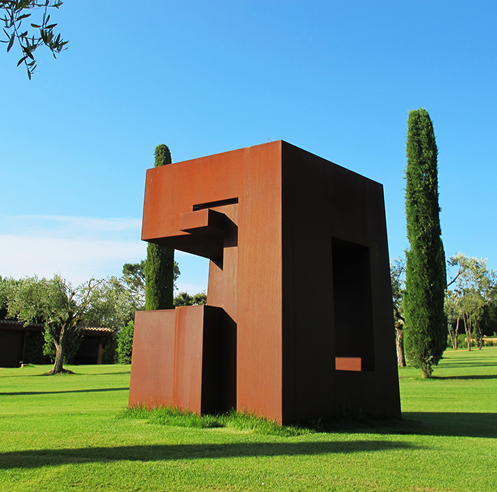 STIR in conversation with Spanish sculptor Alberto Udaeta