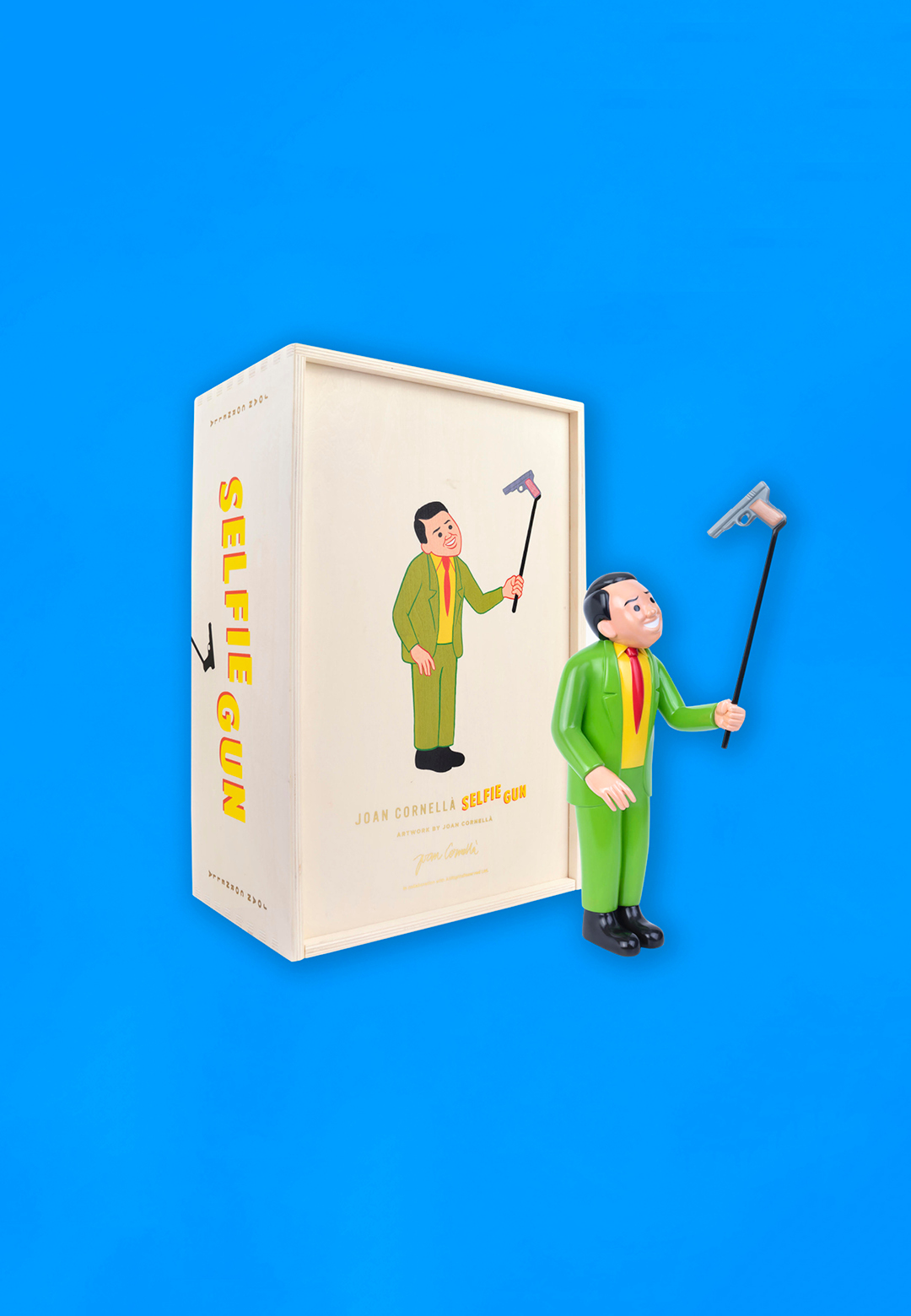 Bronze Sculpture of Selfie Gun | Selfie Gun| Joan Cornella? | STIRworld