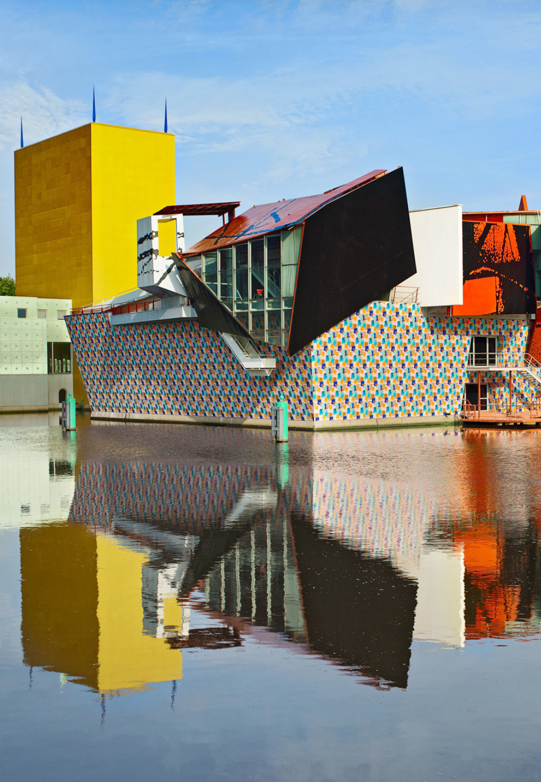 The Groninger Museum by Mendini, where he collaborated with various designers to create the colourful collection of buildings that constitute this art and design museum | Alessandro Mendini | Tribute | STIRworld