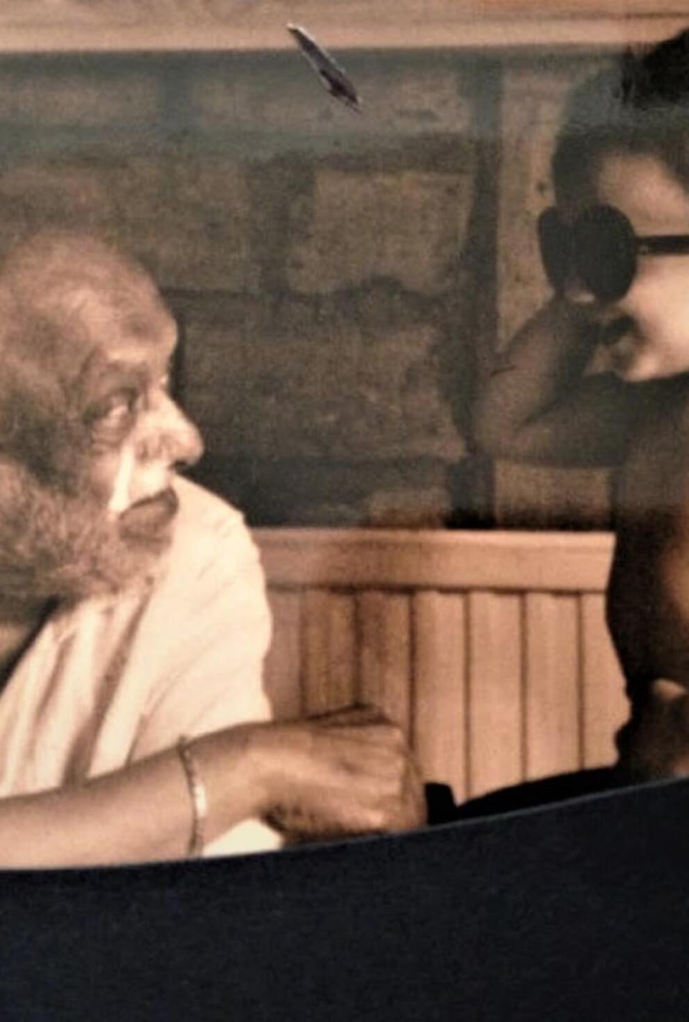 <em>Kin</em>dred spirits: in memory of my grandfather, FN Souza (1924-2002)