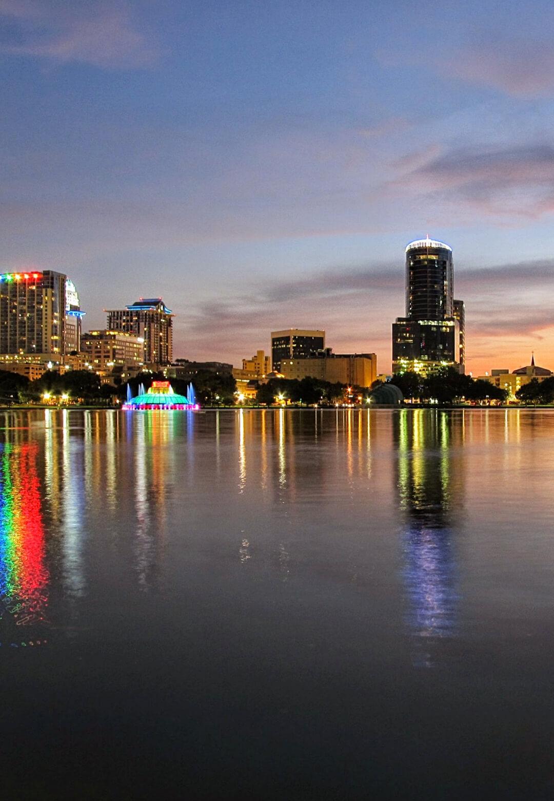 Lake Eola Park in Downtown Orlando, Florida | Orlando in Florida | STIRworld