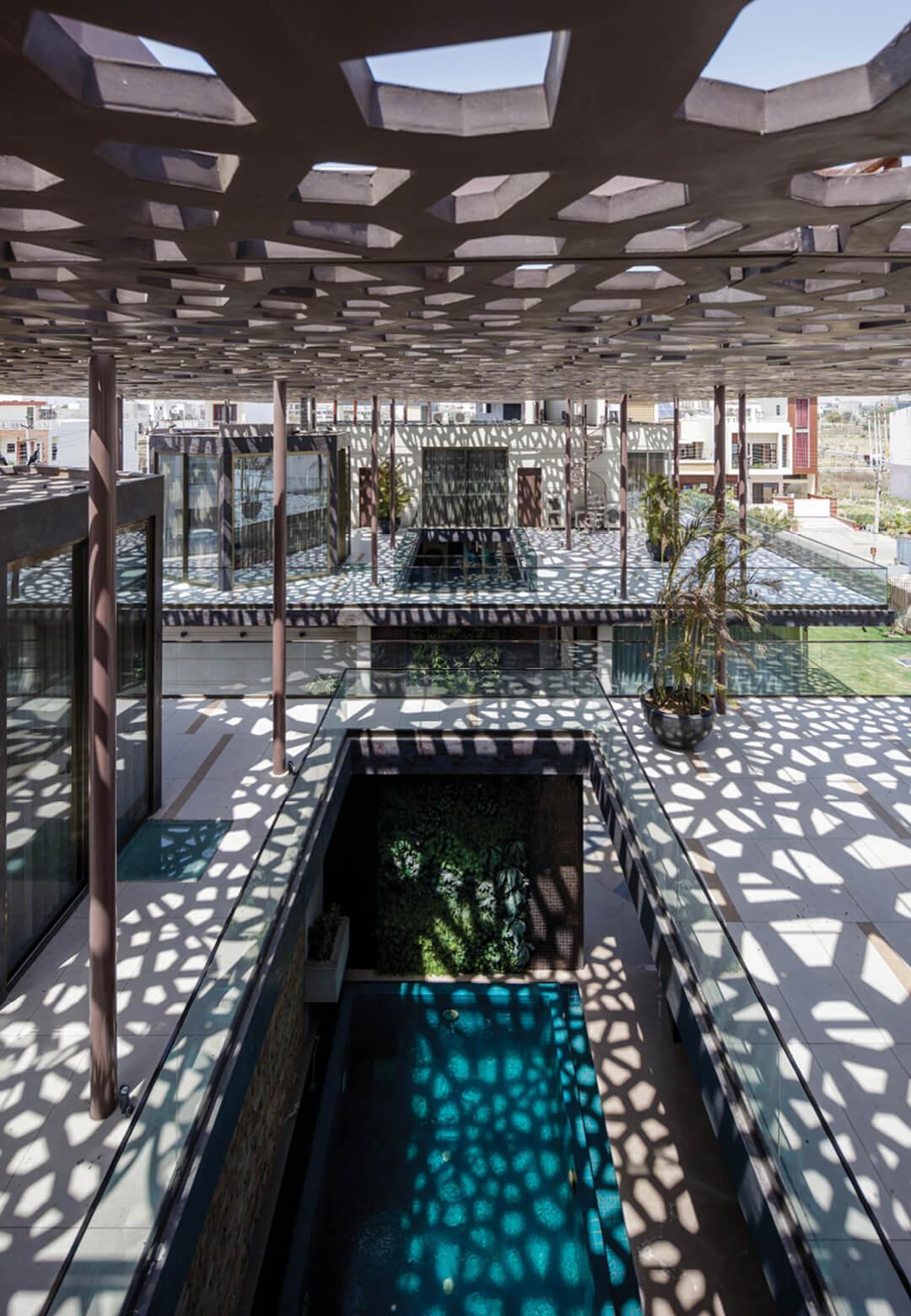 House Under Shadows by Zero Energy Design Lab | STIRworld