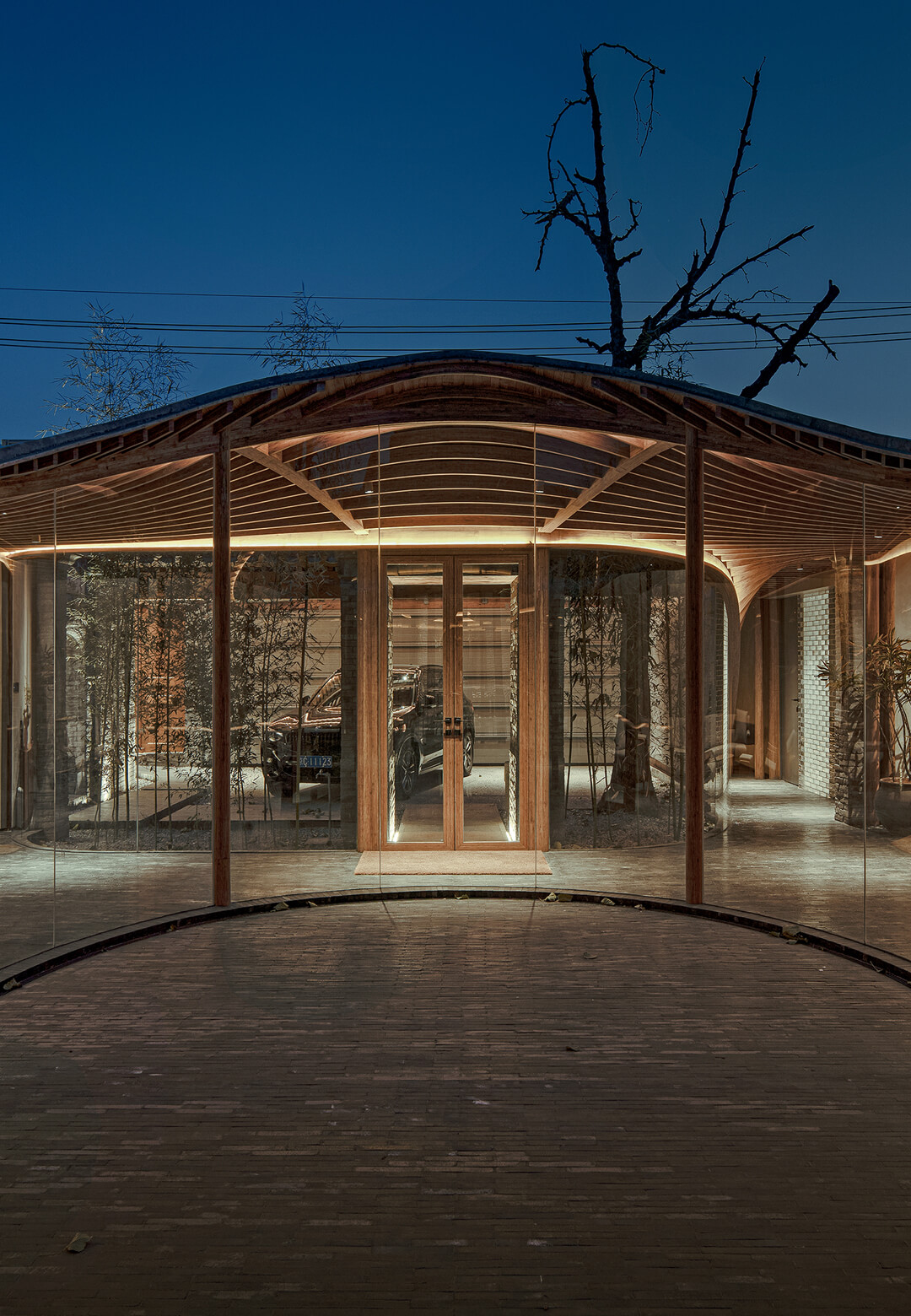 Qishe Courtyard renovated by Beijing based ARCHSTUDIO - middle courtyard | Qishe Courtyard | ARCHSTUDIO | STIRworld