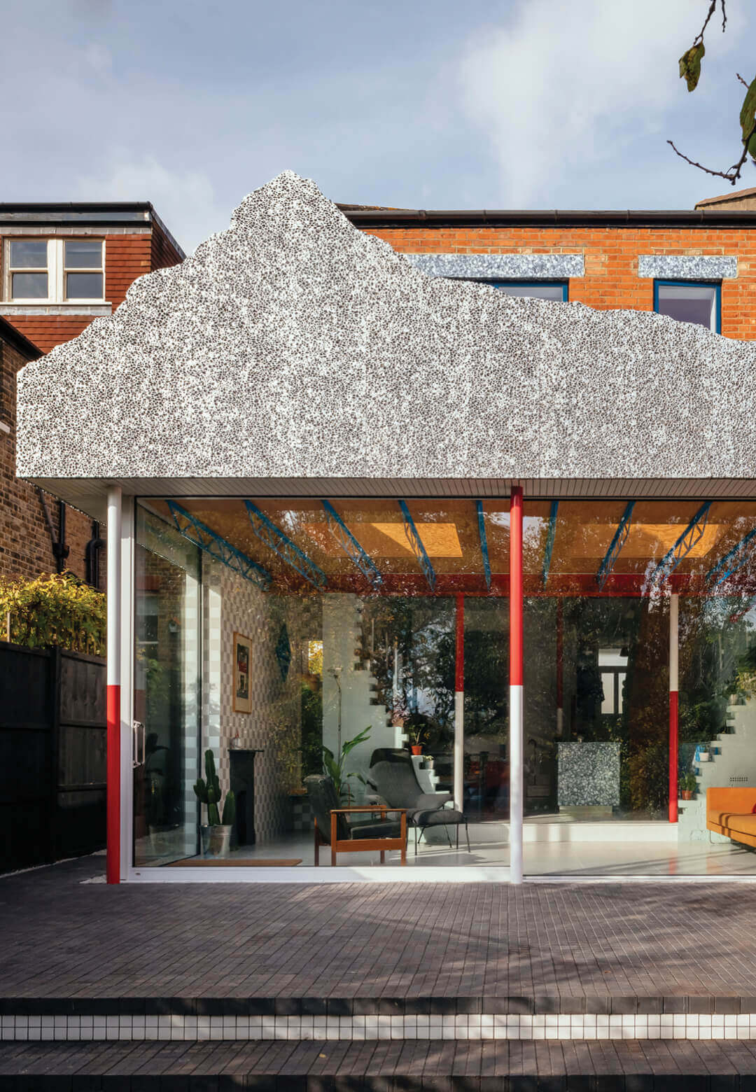 CAN Director Mat Barnes' family home is a rich combination of colours, textures and design references | Mountain View | Mat Barnes | STIRworld