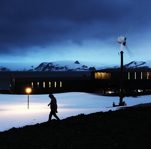 Estúdio 41 breathes new life into Brazilian research base in Antarctica
