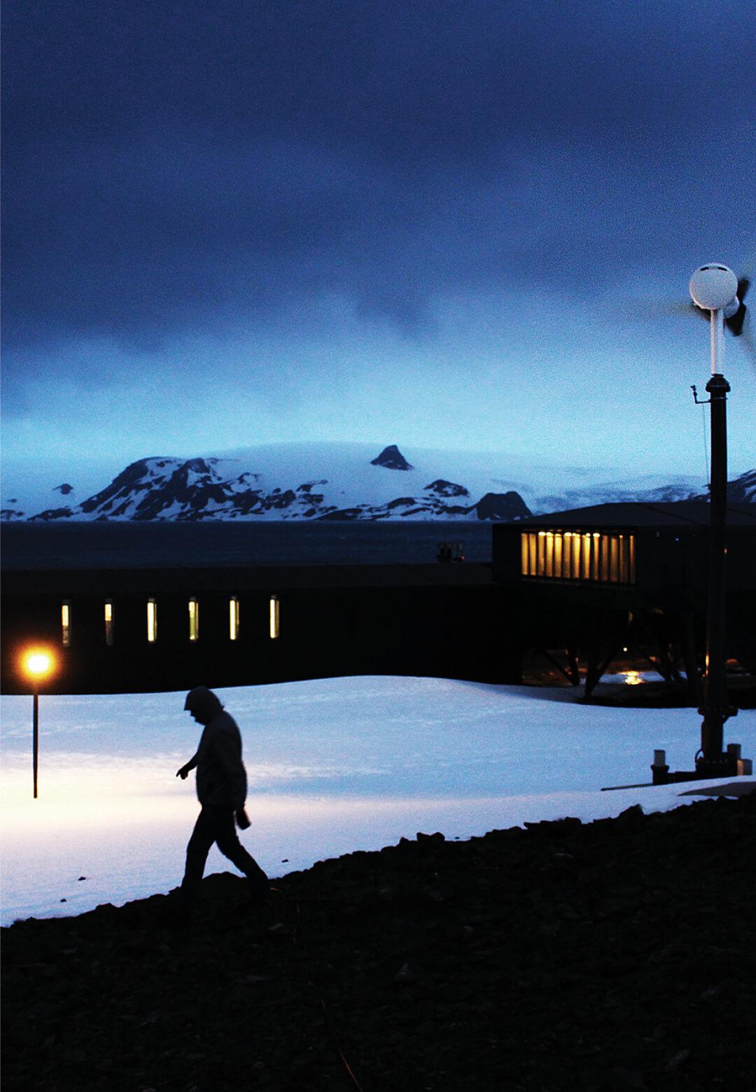 The Comandante Ferraz in Antarctica | Ferraz Station | Estúdio 41 | STIRworld