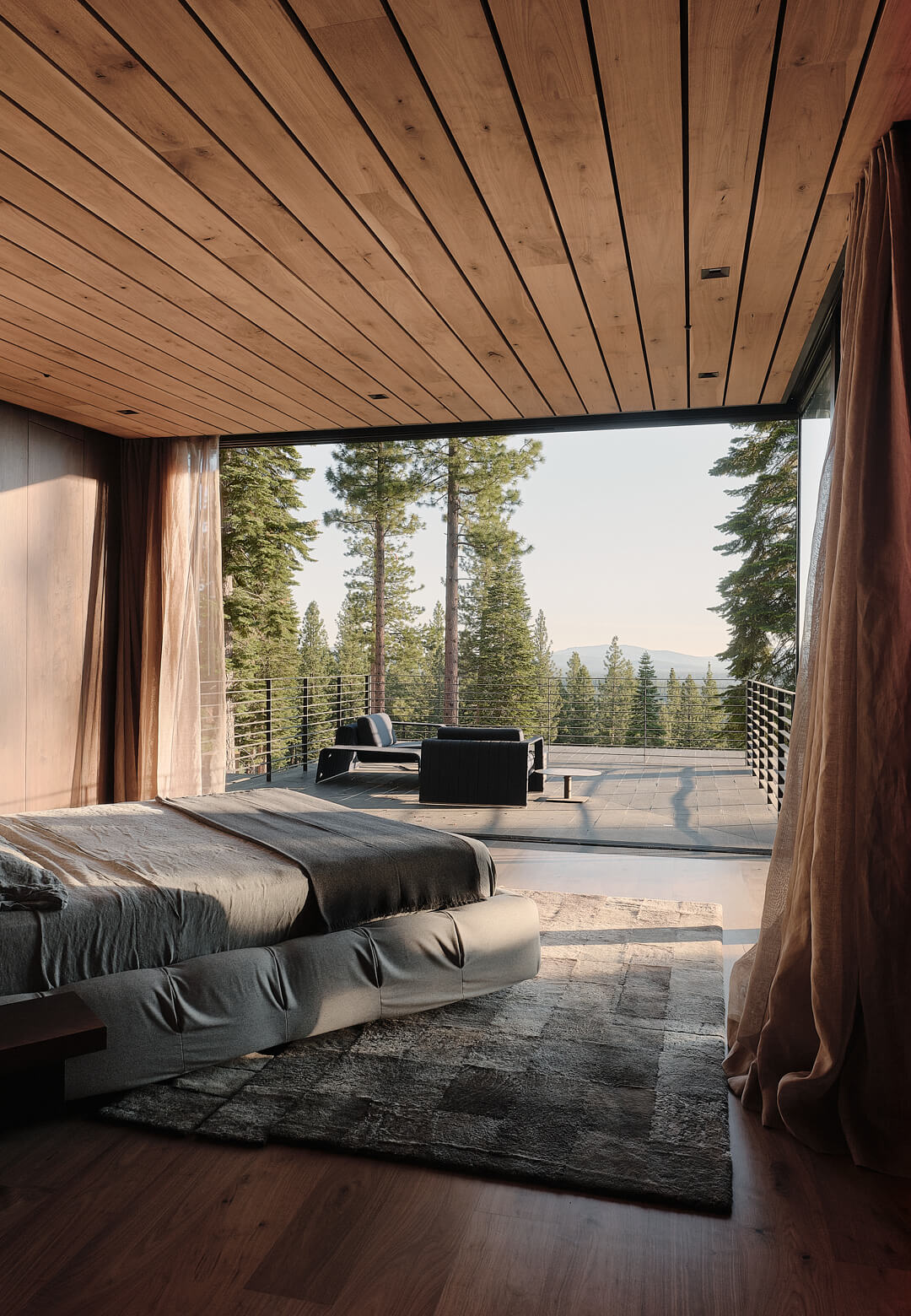 Inside the Lookout House designed by Faulkner Architects   Lookout House by Faulkner Architects   STIRworld