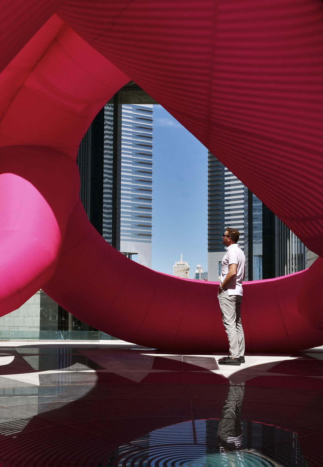 'Flamingo Ring' at Dubai International Financial Centre is an example of the way Cyril Lancelin uses popular imagery in his art | Flamingo Ring by Cyril Lancelin | STIRworld