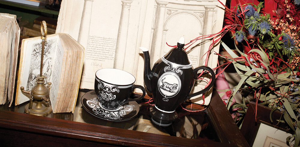 Gucci D&eacute;cor&rsquo;s <em>Souvenir from Rome</em> collection brings alive history in luxury