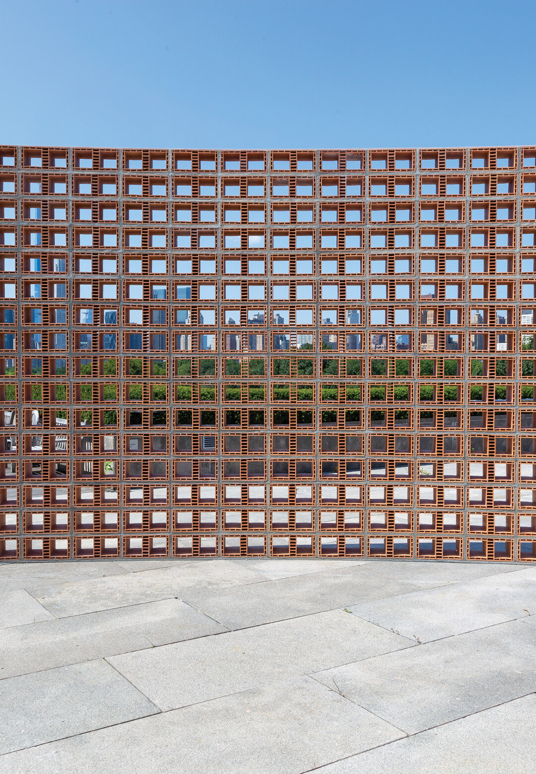 Héctor Zamora's installation Lattice Detour transforms the Met's roof with a poetic wall | Lattice Detour | Héctor Zamora | STIRworld