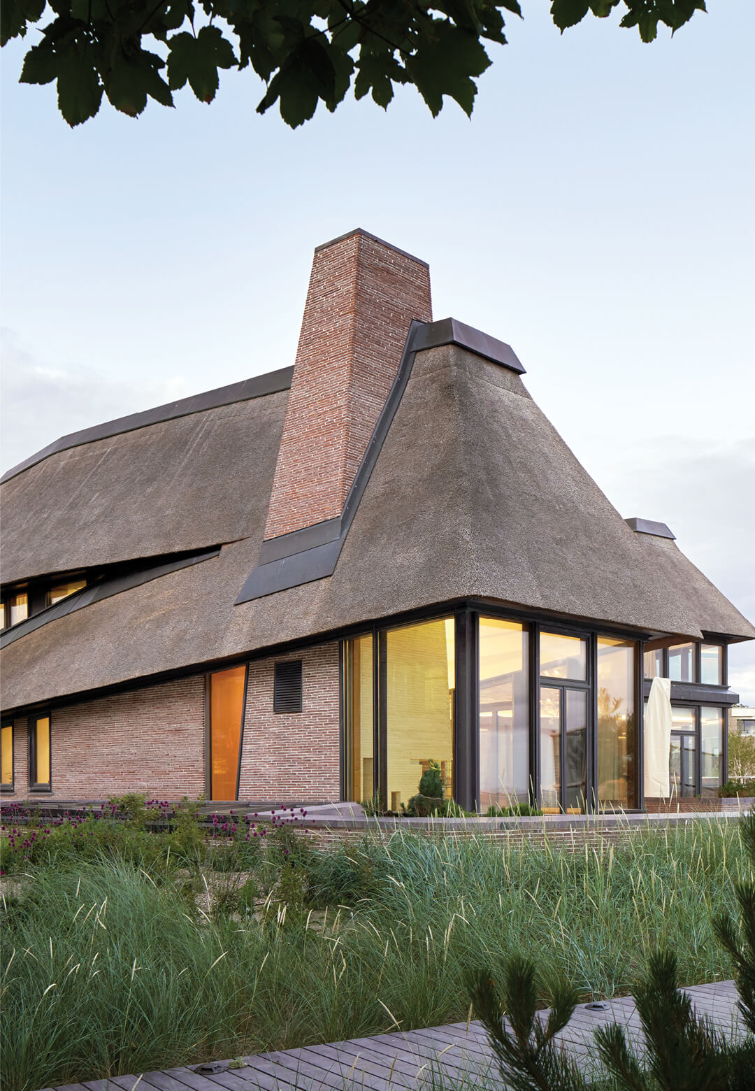 House on a North Sea Island by Hubschmitz Arkitekten in Wyk auf Föhr, Germany | STIRworld
