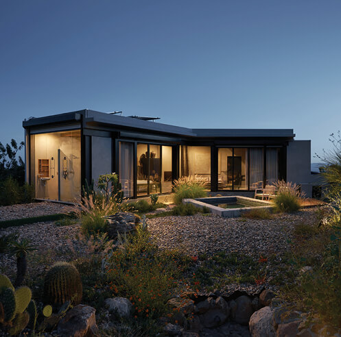 Introspective spaces: Casa Etérea appears as a mirage encapsulated by nature