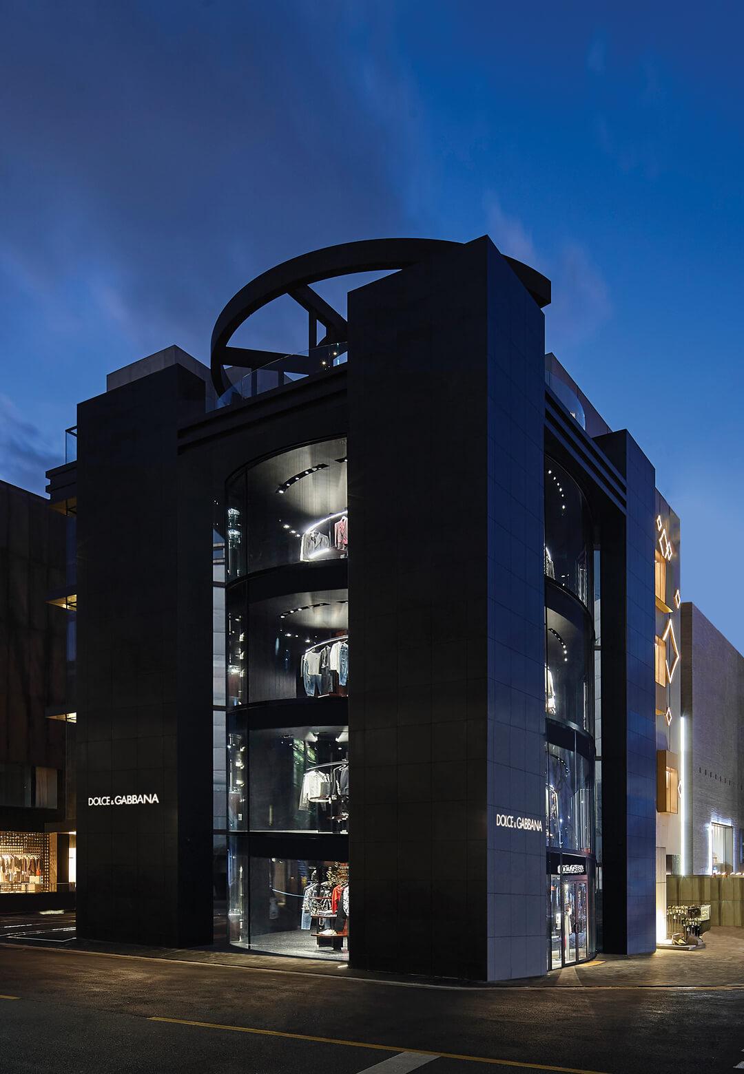 Dolce&Gabbana's new flagship store by Jean Nouvel; the store displaying the new Dolce&Gabbana Collection | Dolce & Gabbana flagship store, Seoul | Ateliers Jean Nouvel | STIRworld