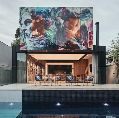 Kavellaris Urban Design merges art gallery and urban neo-Baroque in JARtB House