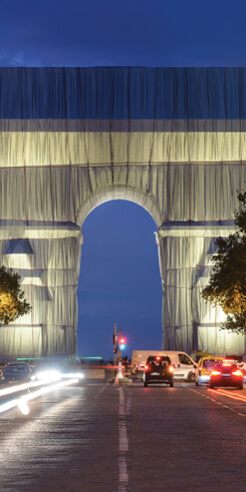 'L'Arc de Triomphe, Wrapped' embodies Christo and Jeanne-Claude's ephemeral art