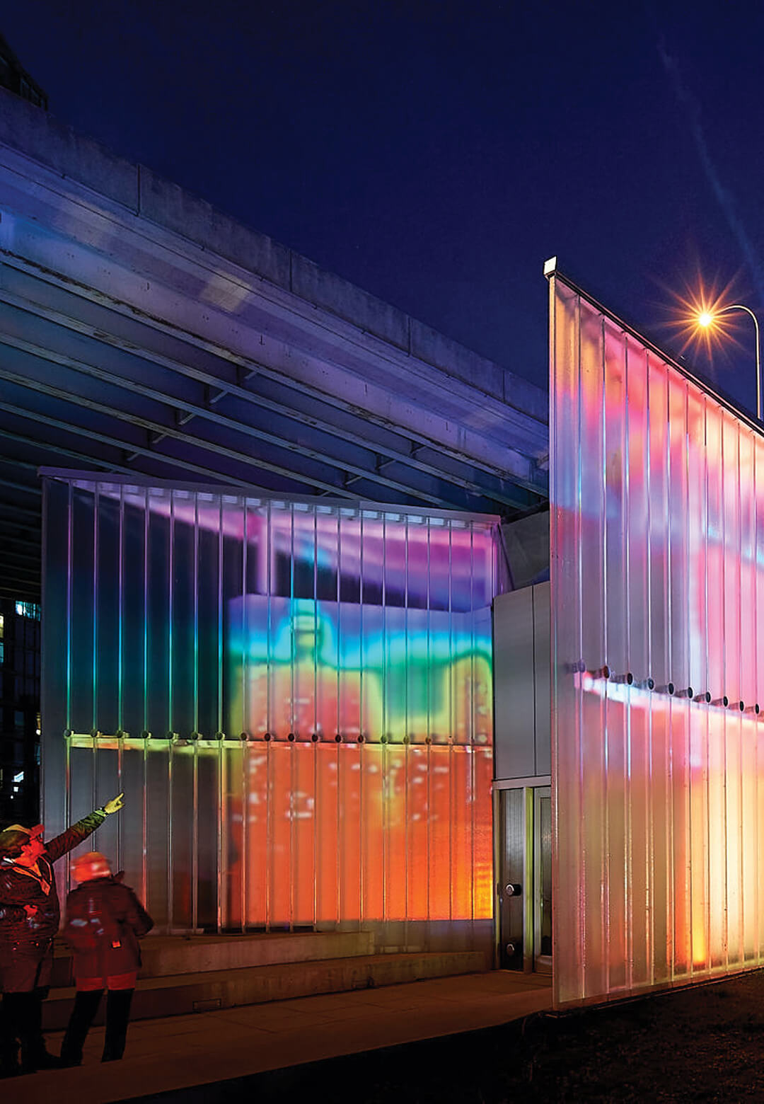 Thermally Speaking: Thermal imaging cameras placed on the rooftop projected participants onto the end of the ghost wall | LeuWebb Projects | STIRworld