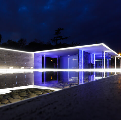 Mario Pasqualotto transforms Barcelona Pavilion into a drawing of light and colour