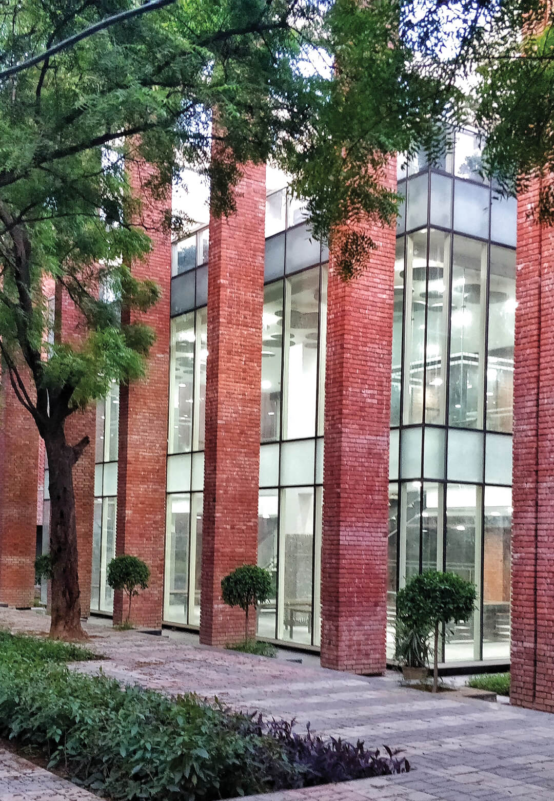 The Lalit Suri Hospitality Institute aims to provide a world-class learning experience to aspiring students | The Lalit Suri Hospitality Institute | Morphogenesis | STIRworld