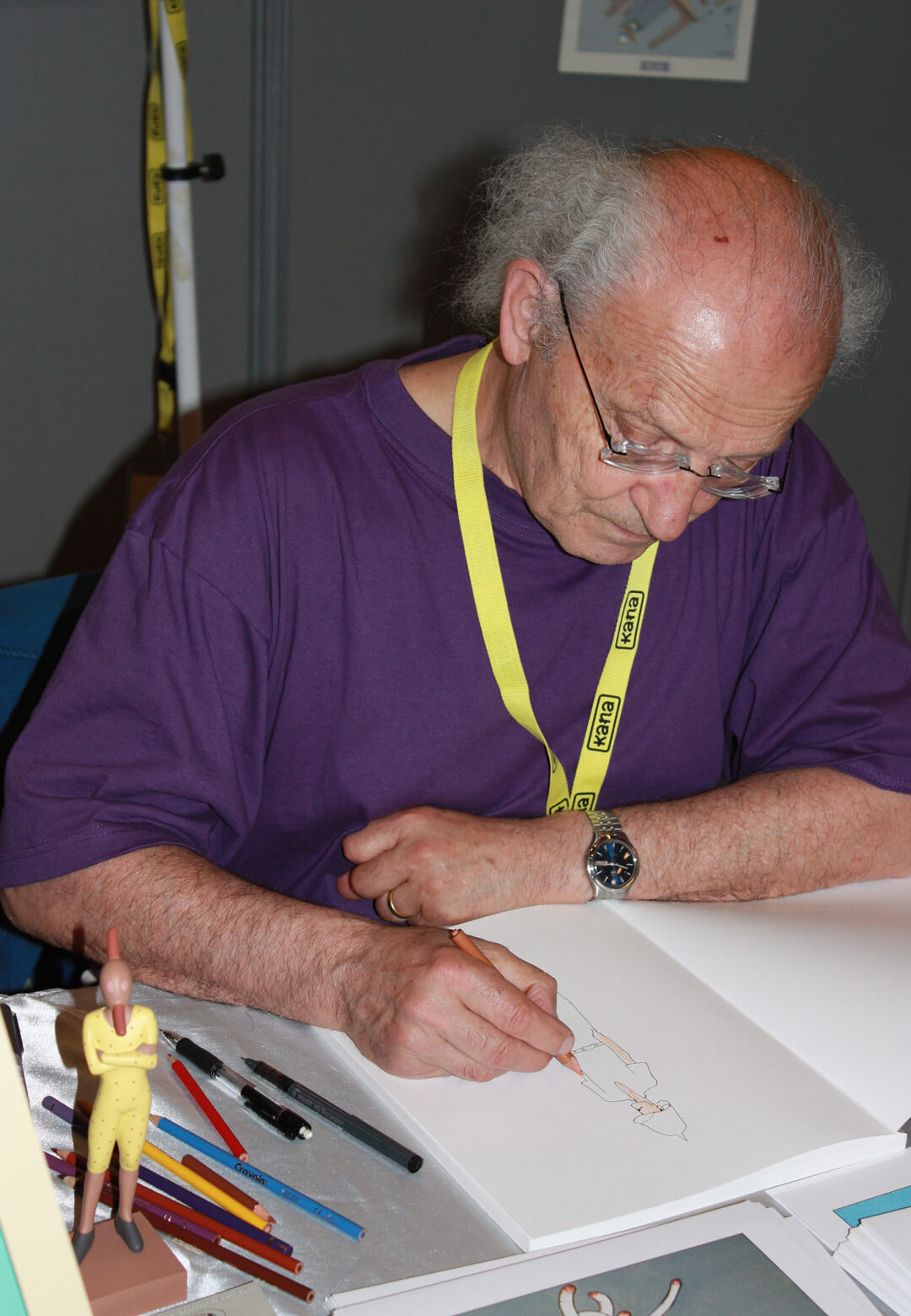 L: Mœbius signing autographs at the Japan Expo in Paris in 2008. R: Levitation (2005) by Mœbius | Levitation | Mœbius | STIRworld