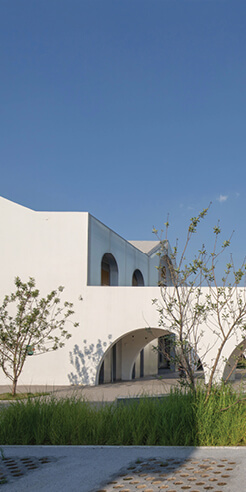 Studio 10 designs a 'porous' cloister-style community center in rural China