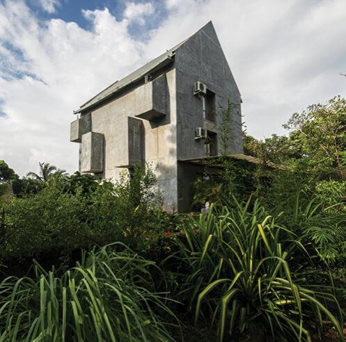 Studio Matter designs Kokum House with a 'borrowed garden' in rural Goa