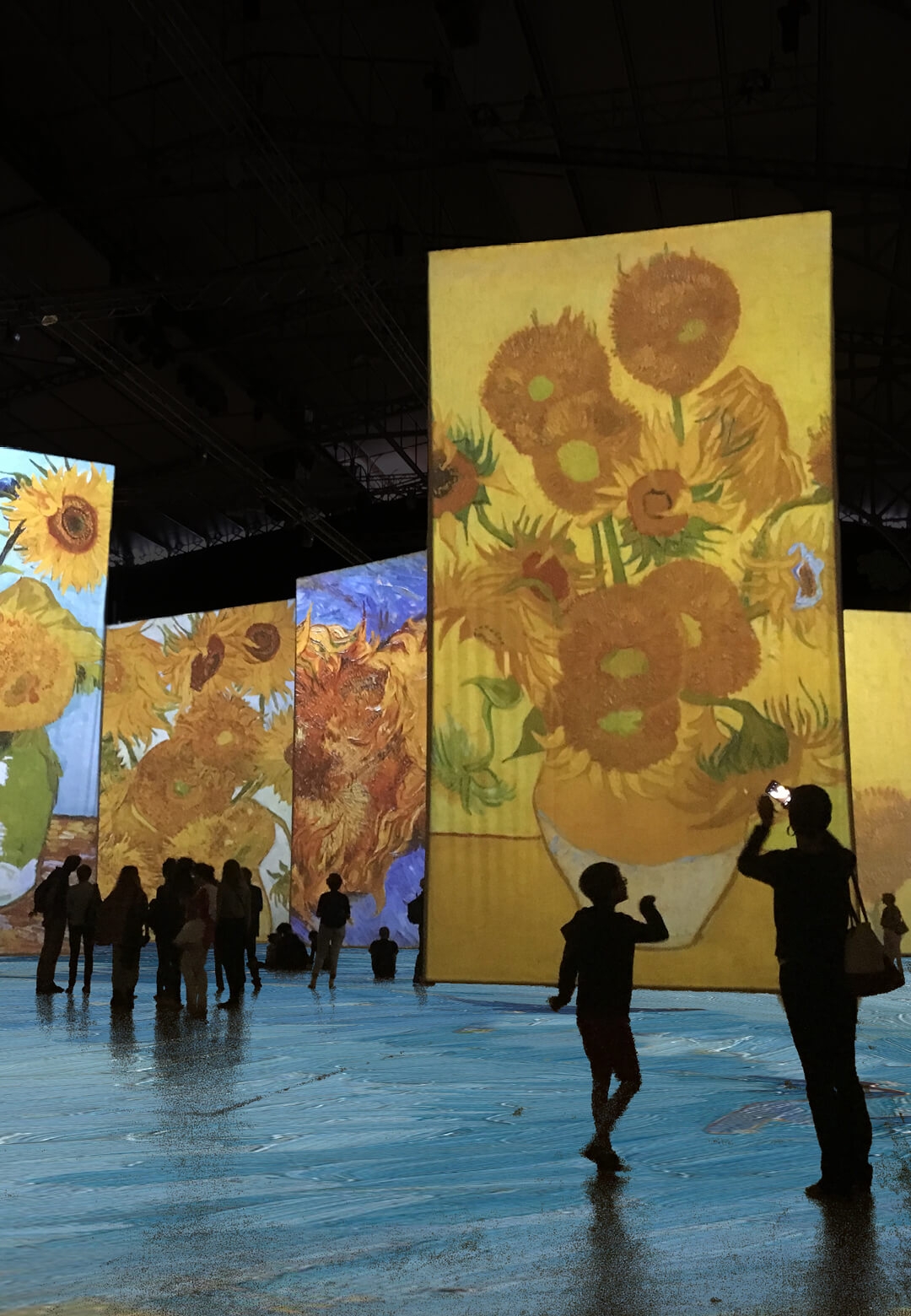 The richness of Van Gogh's palette is made visible with strong brushstrokes | Imagine Van Gogh | STIRWorld