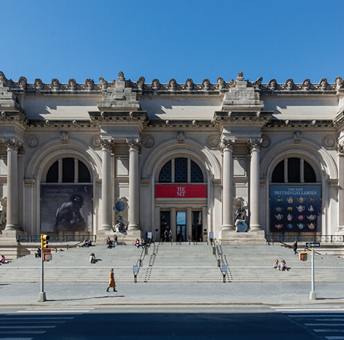 'The séances aren't helping': Met's Façade Commission is a conversation across time