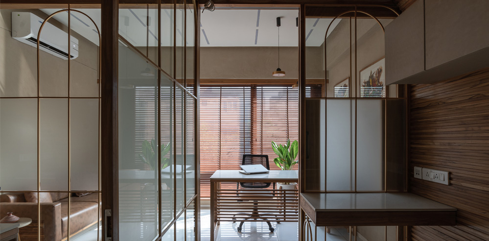 UA Lab works with light to create a dynamic office space in Ahmedabad, India