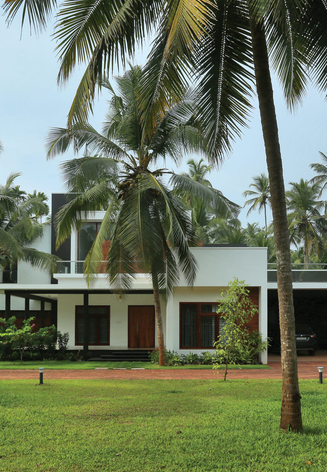 Box House in Kerala, India designed by Uru Consulting | Box House designed by Uru Consulting | STIRworld