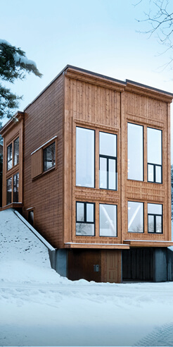 Rever & Drage Architects design a quaint timber home facing Moldefjord in Norway