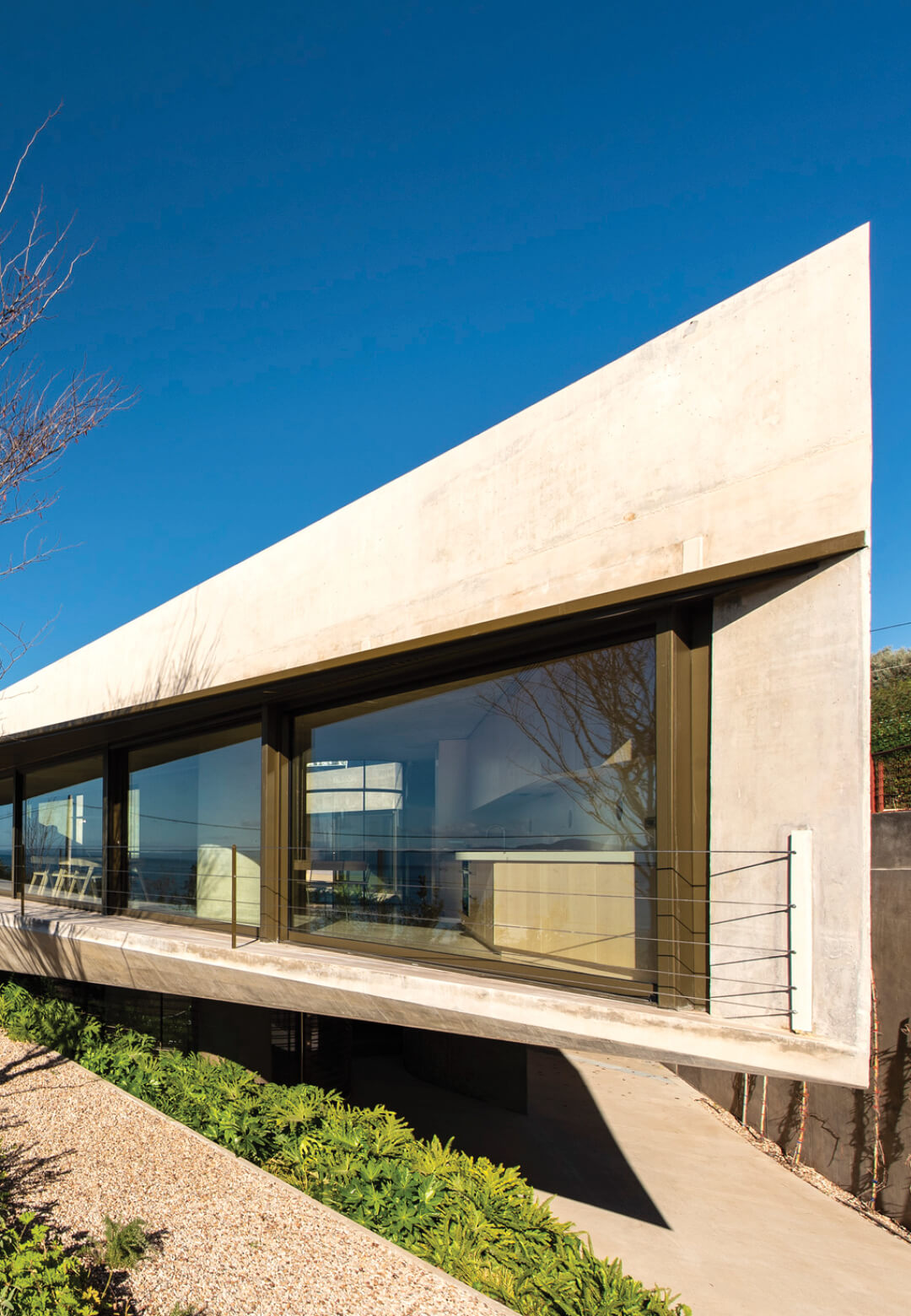Residence in Euboea in Greece designed by Tense Architecture Network | Residence in Euboea by Tense Architecture Network | STIRworld