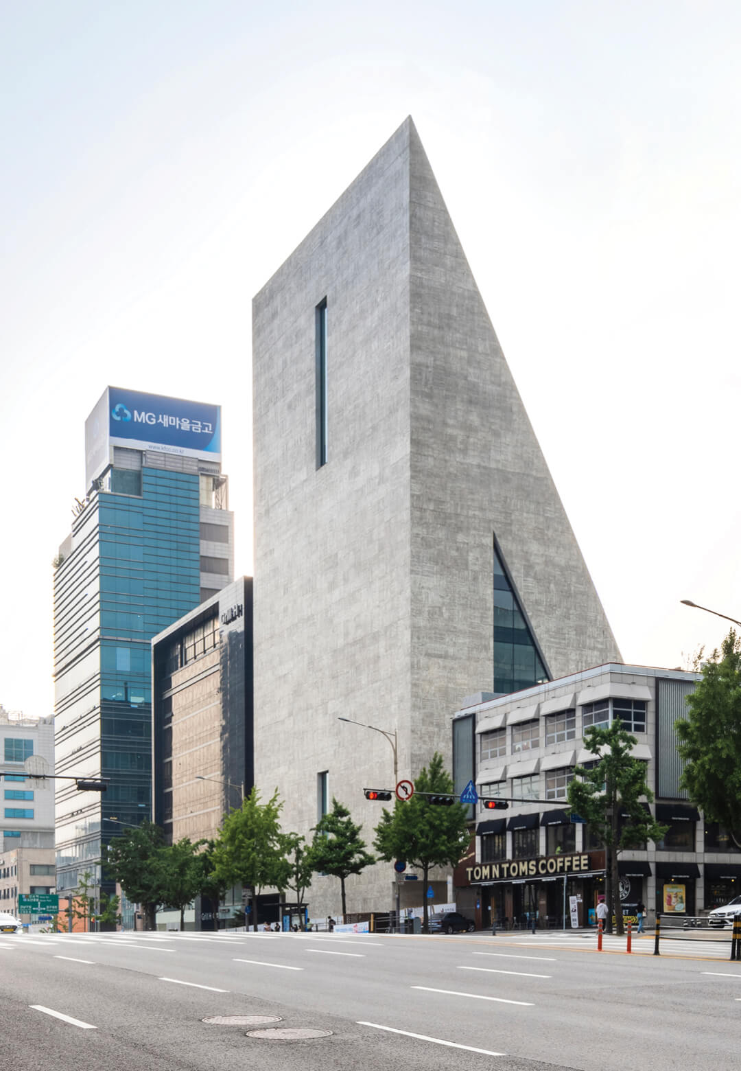ST International HQ and SONGEUN Art Space | ST International HQ and SONGEUN Art Space | Herzog & de Meuron | STIRworld