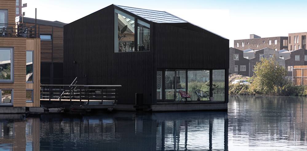 i29 Architects designs home for a eco-friendly floating community in Amsterdam