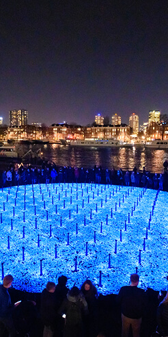 'Levenslicht' by Daan Roosegaarde memorialises Dutch Holocaust victims