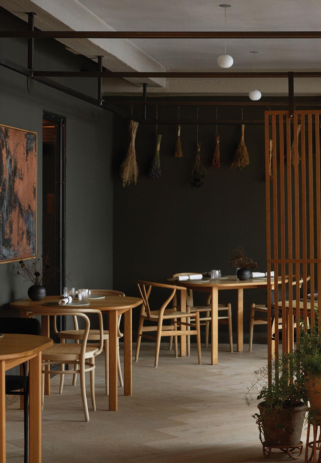 Kadeau restaurant in Copenhagen gets a warm redesign by OEO Studio | Kadeau Copenhagen by OEO Studio | STIRworld