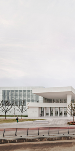 David Chipperfield's West Bund Museum in Shanghai features recycled glass windows