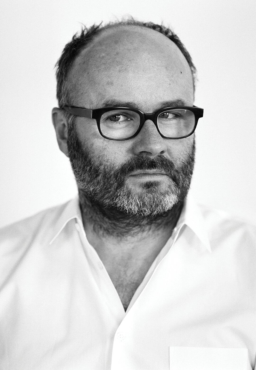 Thomas Demand, and Control Room, 2011, C-Print/ Diasec, 200 x 300 cm |Vladimir Belogolovsky interviews German artist Thomas Demand | STIRworld