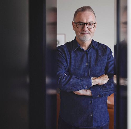 "Australian architect John Wardle talks about his concept of ""scalelessness"""