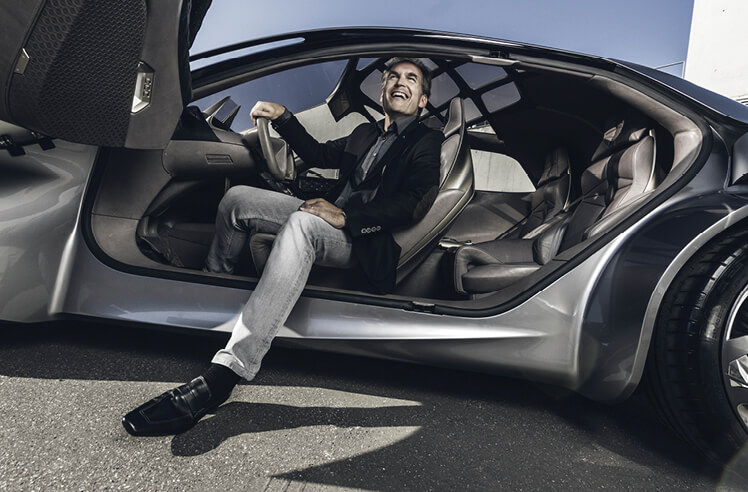 Freewheeling with Ivo Groen: car designs that define countries and cultures