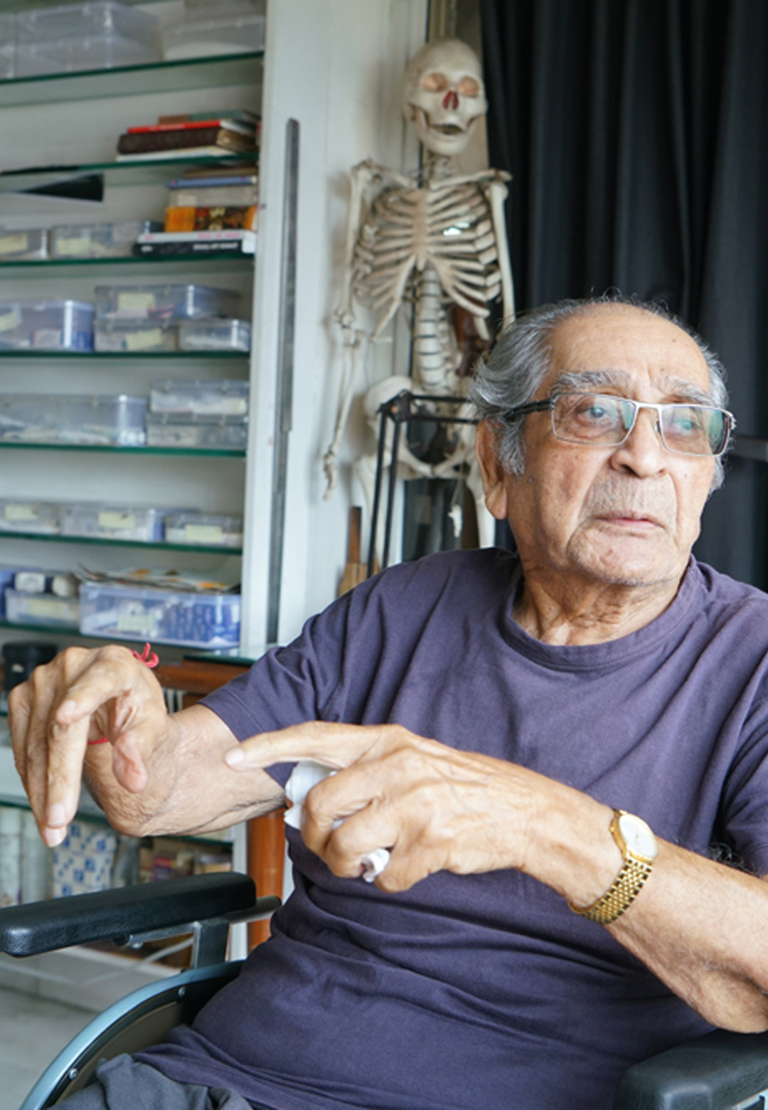 Akbar Padamsee at his home and studio in 2010 | Akbar Padamsee Obituary | STIRworld