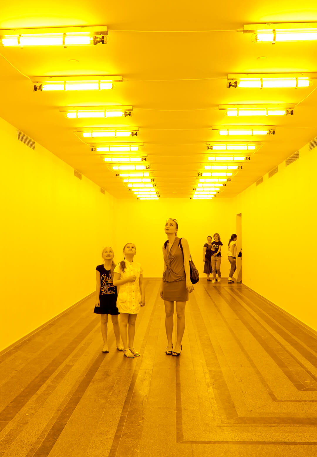 Room for one colour, an installation by Olafur Eliasson at the Tate Modern | Olafur Eliasson | 10 trends in 10 years | STIRworld