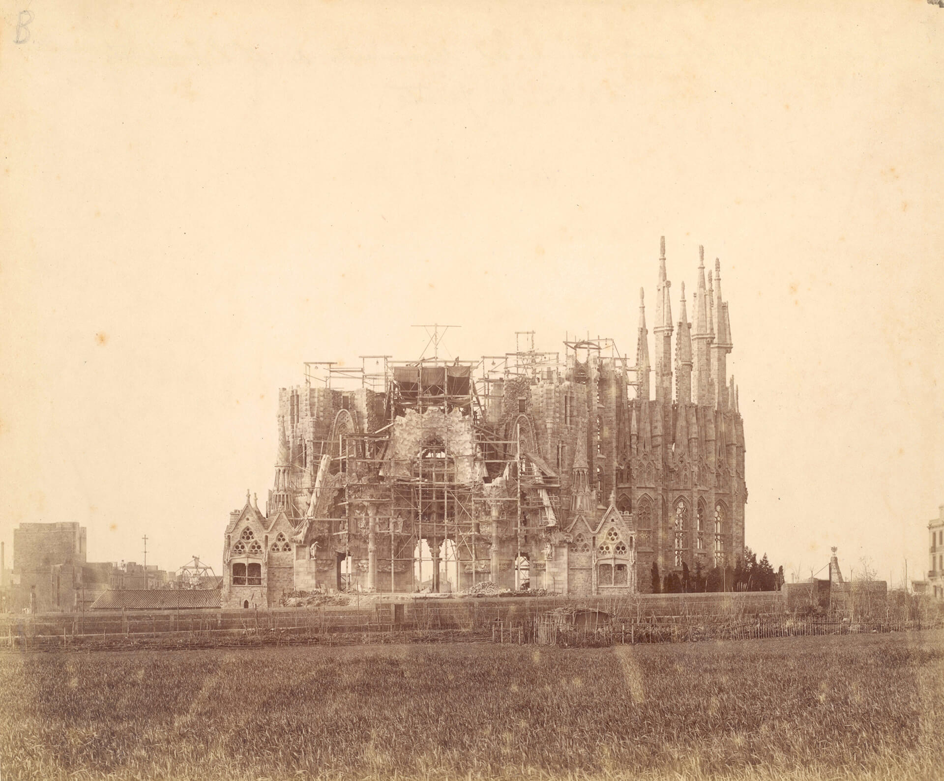 An archival image showing the construction of the church | Sagrada Família | Barcelona | STIRworld