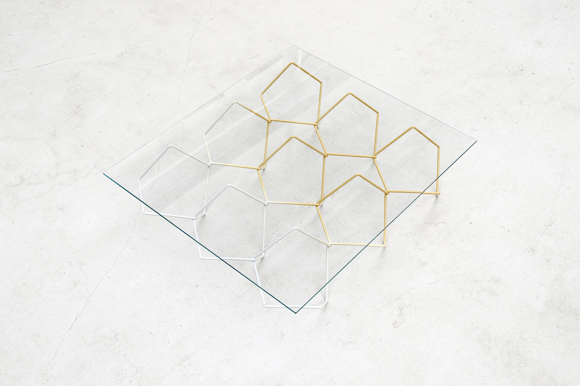 Seismic Table | Made in the Netherlands: Curated by Wendy Plomp | STIRworld