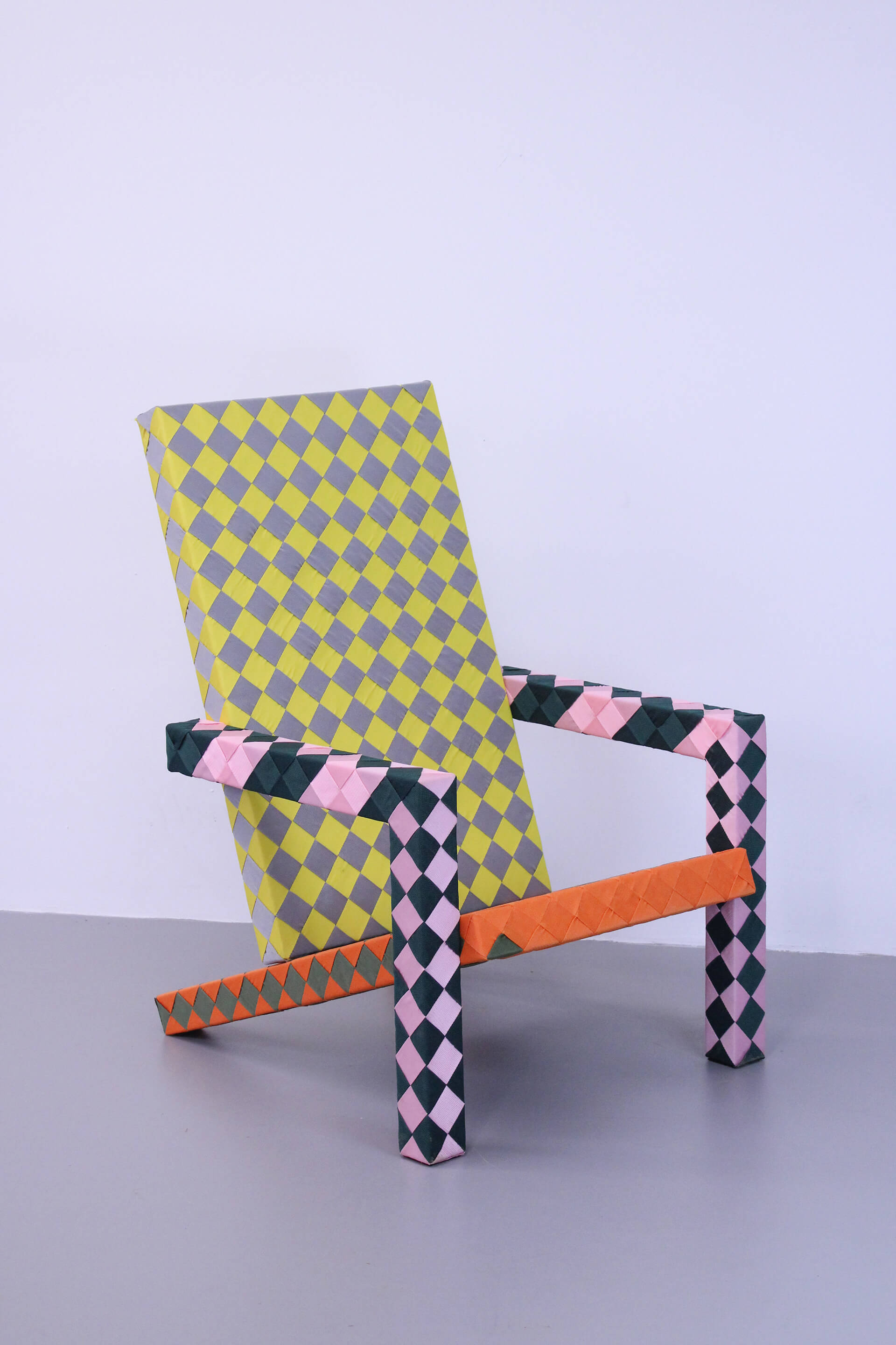 Handwoven checkered chair | Made in the Netherlands: Curated by Wendy Plomp | STIRworld