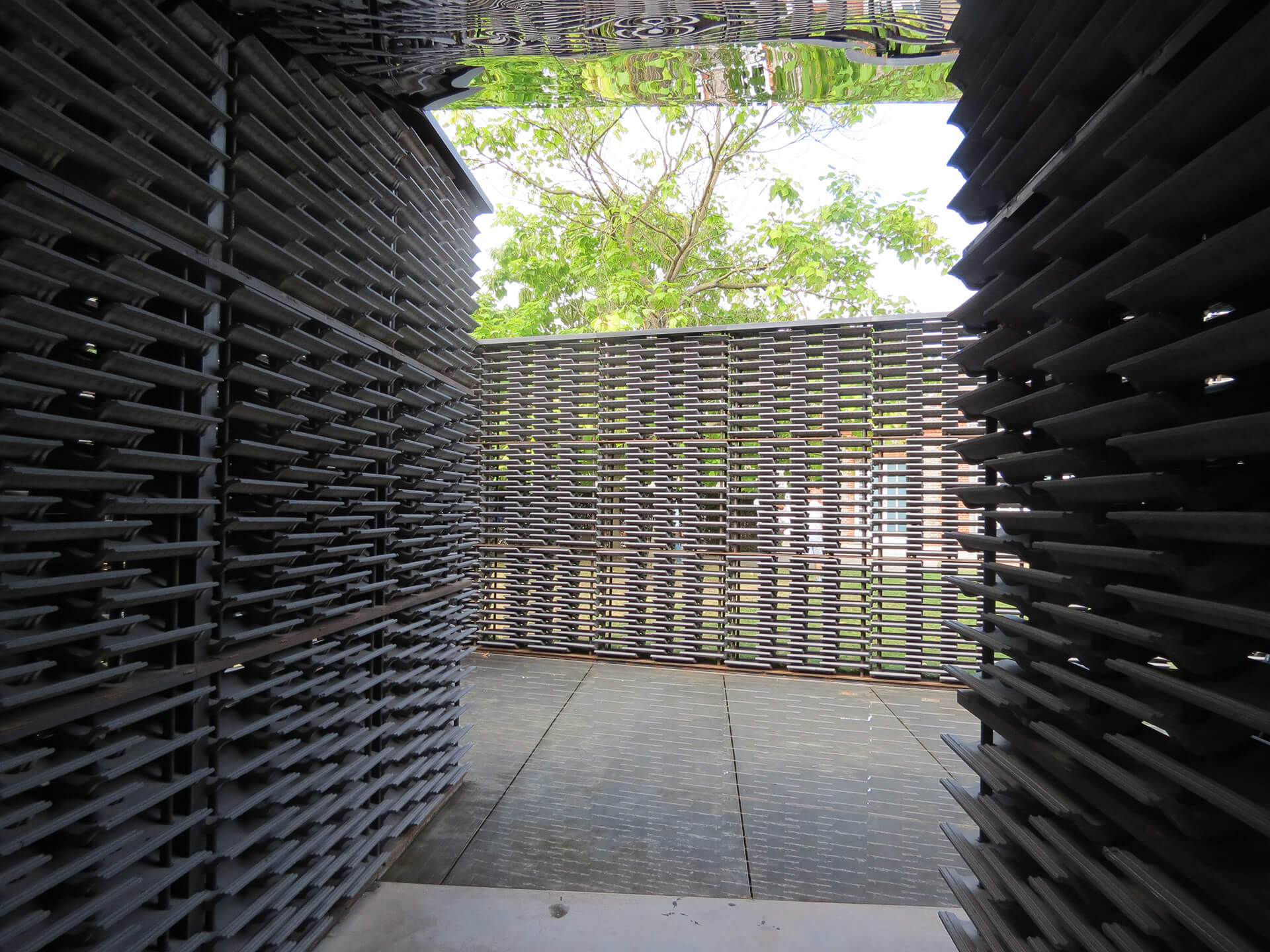 The Serpentine pavilion, 2018, by Frida Escobedo was a lattice assembly composed of a reinterpretation of the Mexican