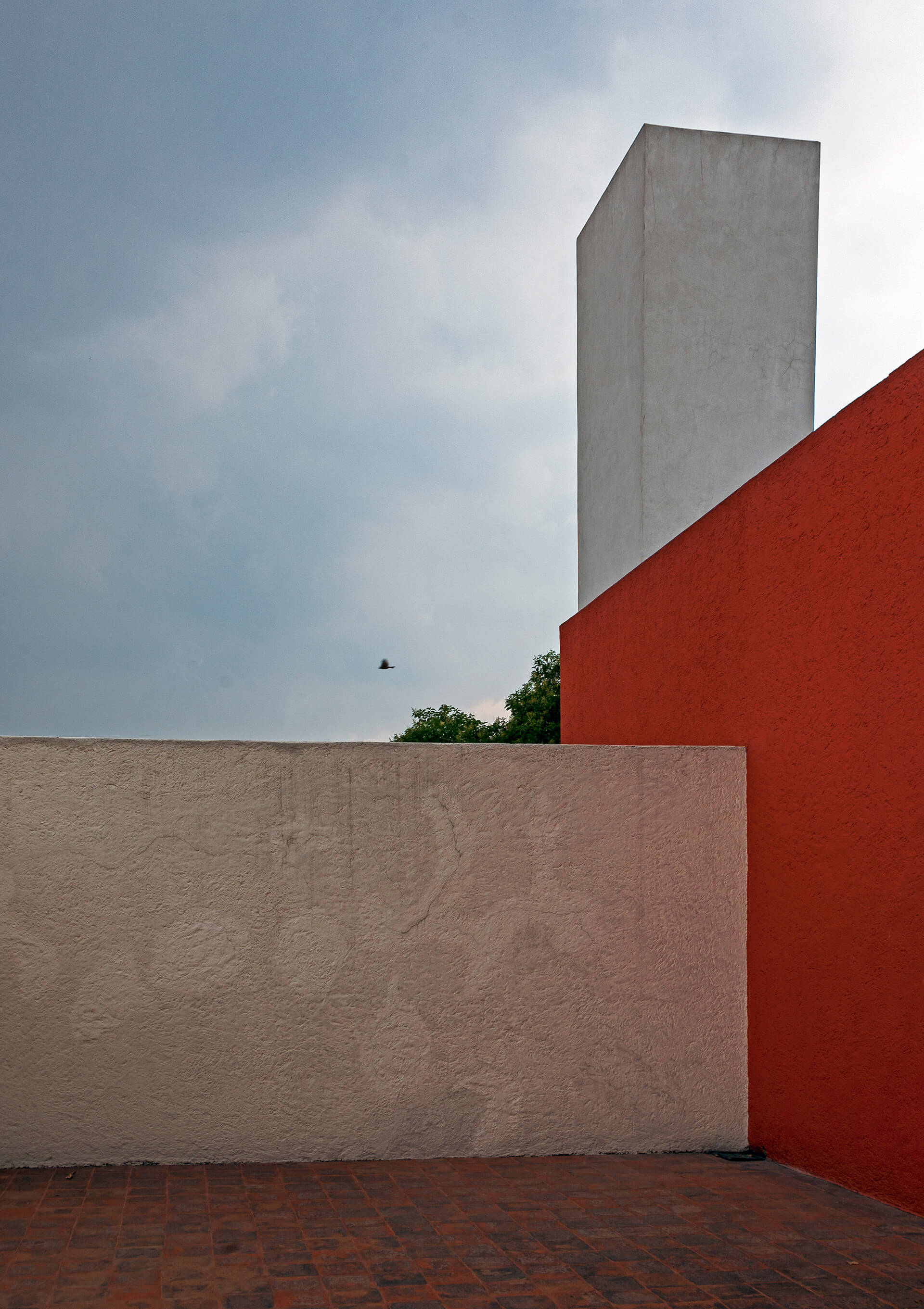 Luis Barragán's house and studio, under stormy skies | Luis Barragán | STIRworld