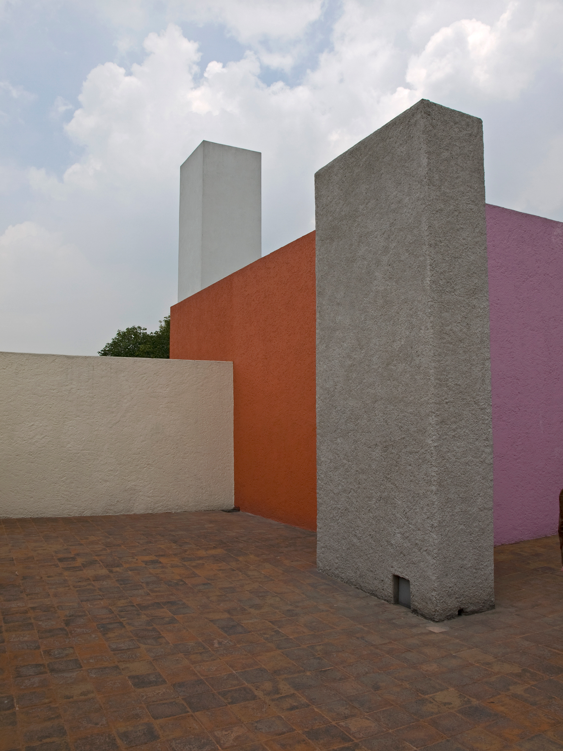The roof patio of Casa Barragán | Luis Barragán | STIRworld