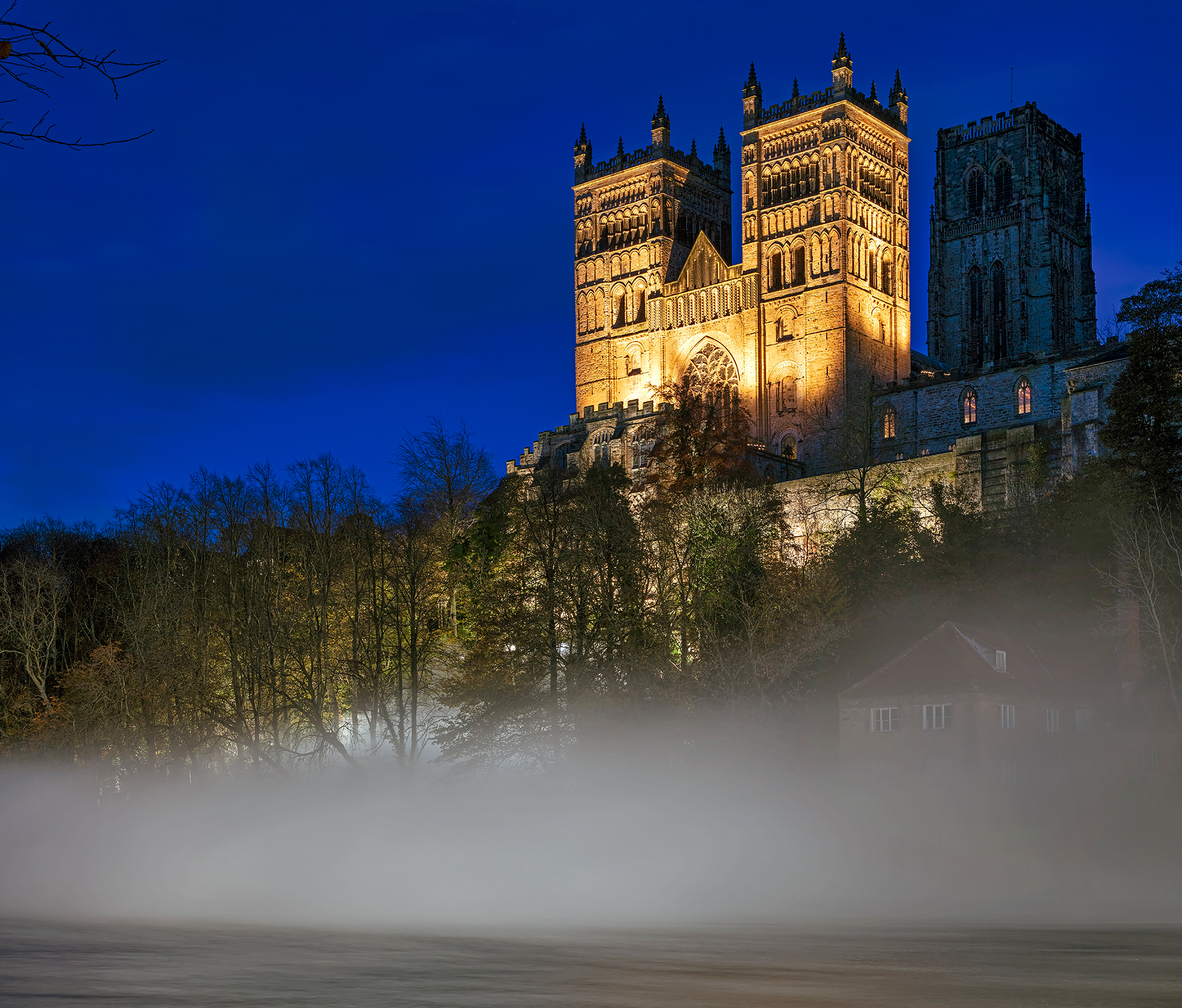 Fogscape #03238, Fujiko Nakaya and Simon Corder. Supported by the Japan Foundation. Lumiere Durham 2019, produced by Artichoke | Lumiere Durham | Fujiko Nakaya and Simon Corder | STIRworld